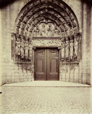 Porche de la cathédrale de Senlis