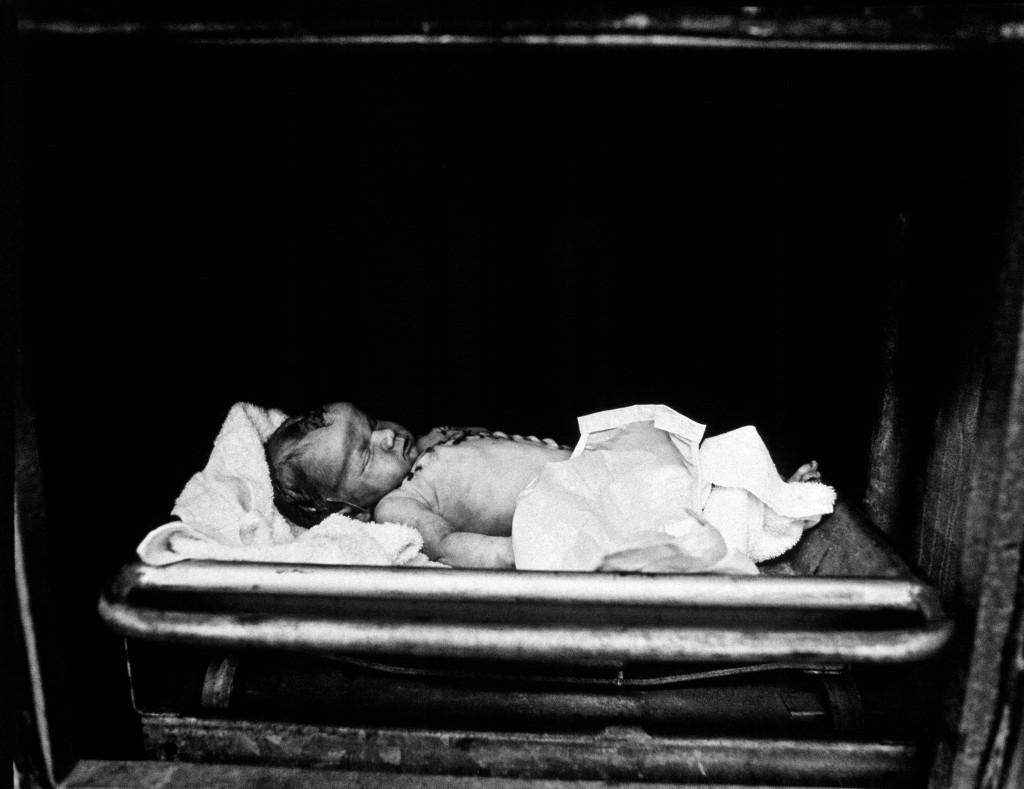 Crib death' (série Morgue)